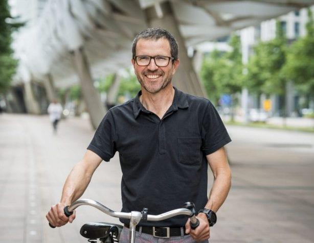 Roel Lenoir met zijn fiets